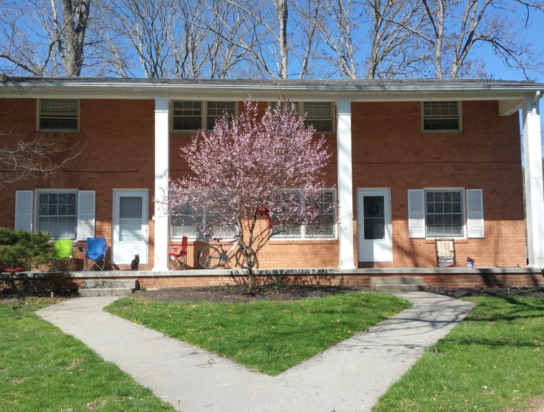 Greenbrier Ave 1